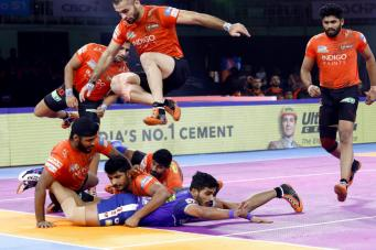 Vikash Kandola Stars Again as Haryana Steelers Beat U Mumba | Sports247live